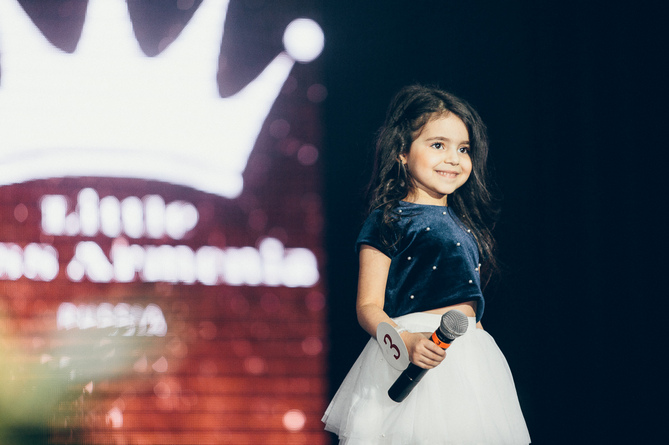 Люсия Согомонян Little Miss Armenia - Russia